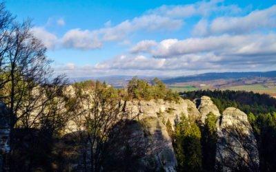 Nahoru dolu Hruboskalskem