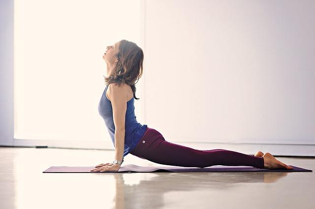 Jak si vybrat vhodnou podložku na jógu?
